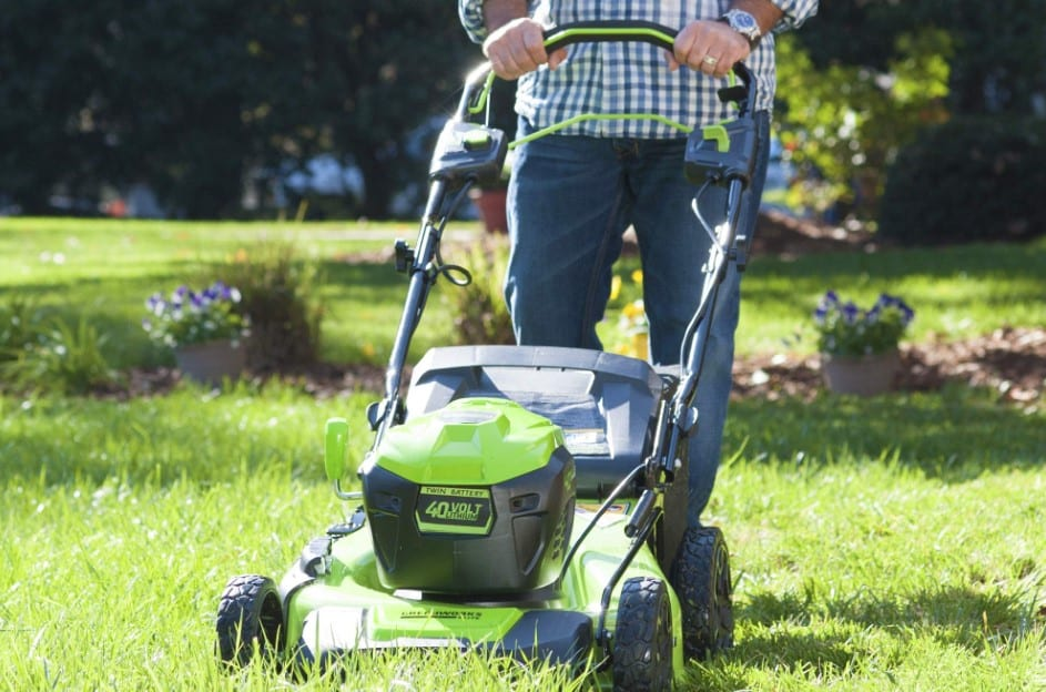 The 10 Best Self Propelled Lawn Mower Of 2019