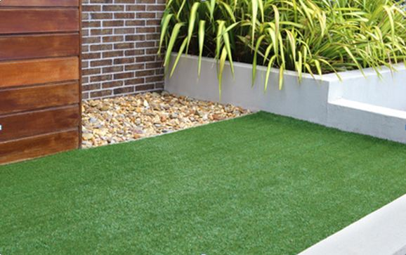 Artificial Grass VS. Real Grass - Details Review & Comparison