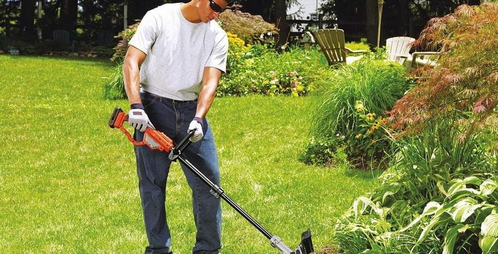 Maintain a Weed Wacker